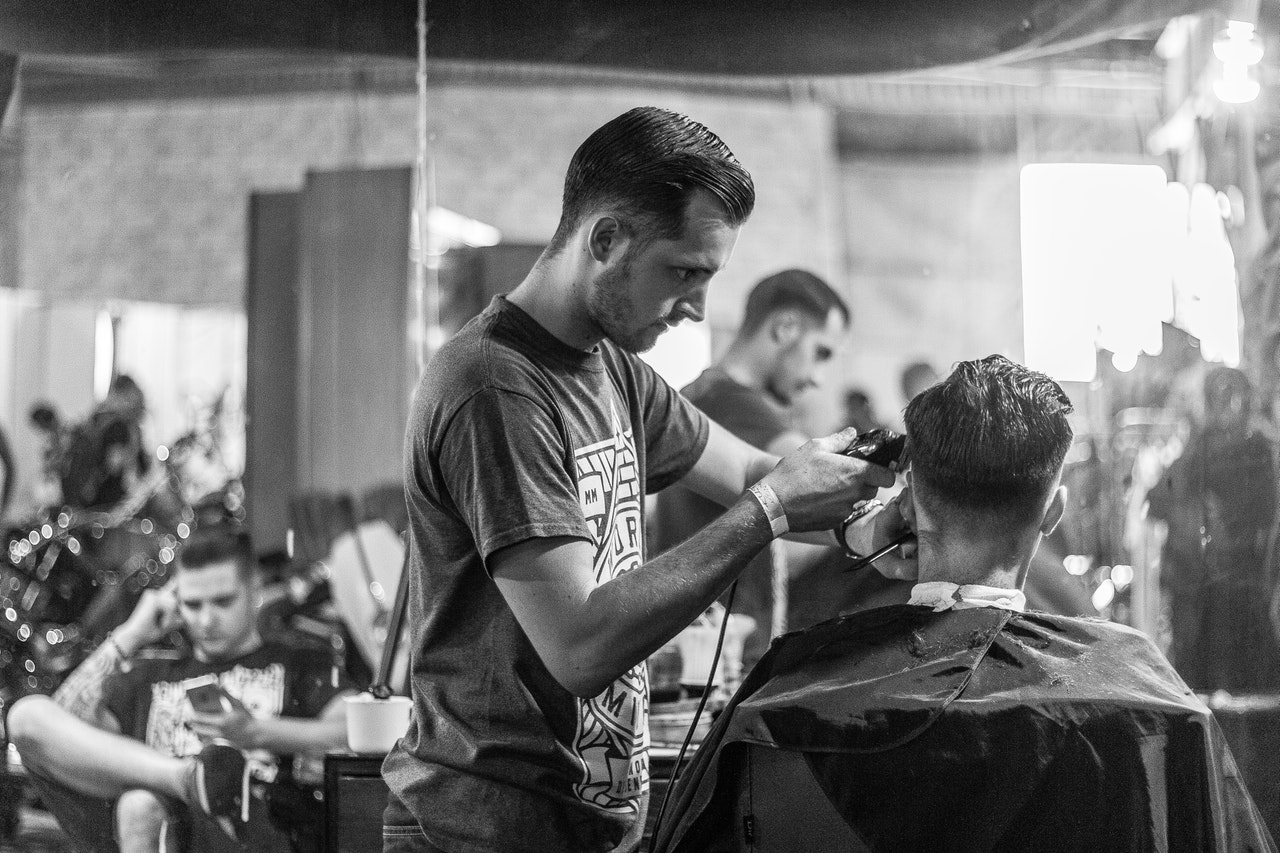cutting-hair-in-barbershop